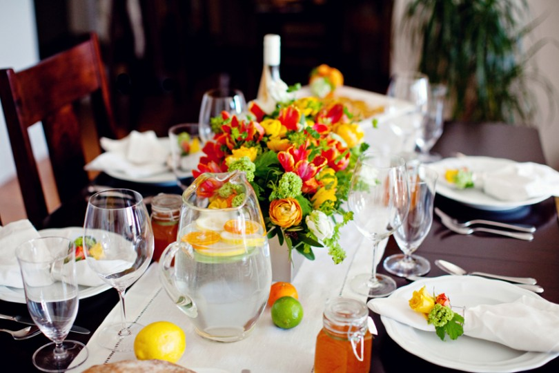 Colorful Summer Table Makeovers