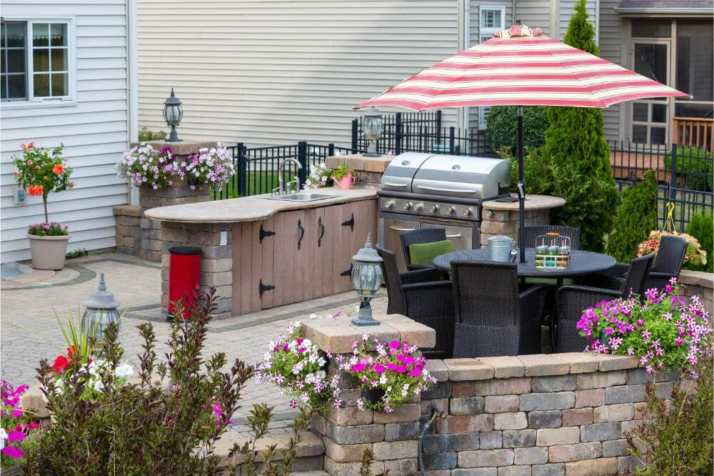 DIY Outdoor Kitchen Plans You Can Build on a Budget
