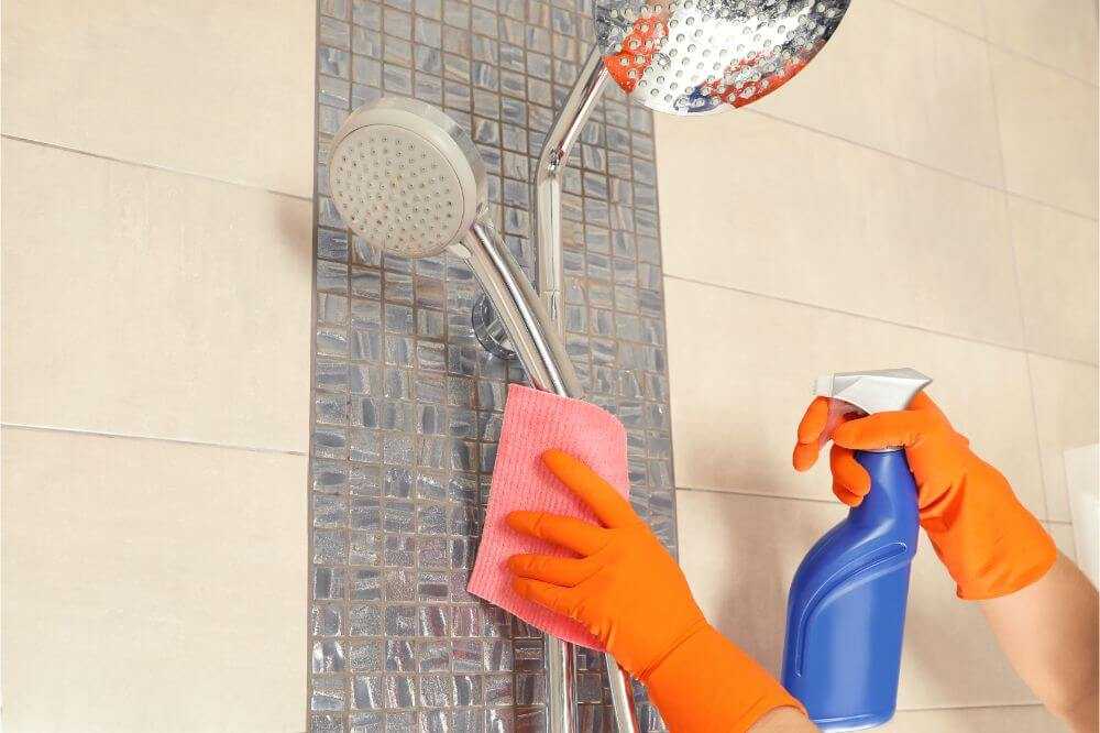 4 DIY Shower Cleaners for Every Shower Problem