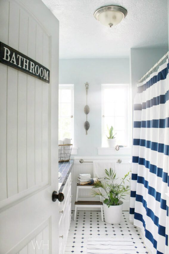 Vintage Clever DIY bathroom sign for a bathroom