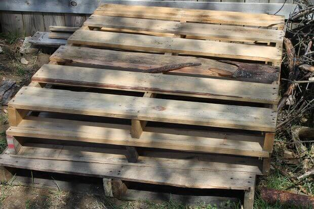find pallets for a raised garden bed