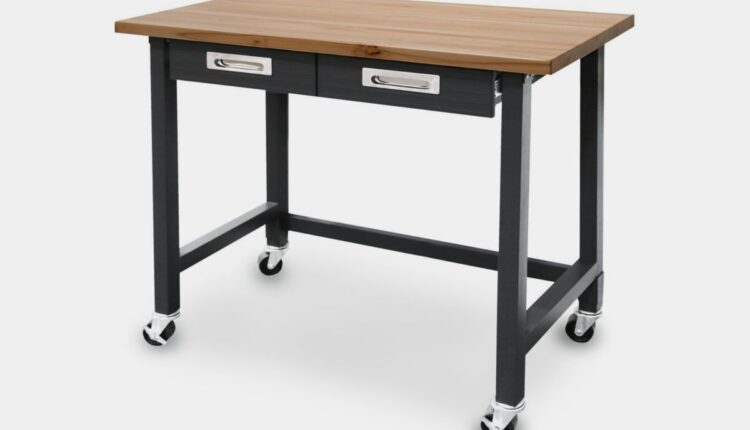 Photo of rolling workbench
