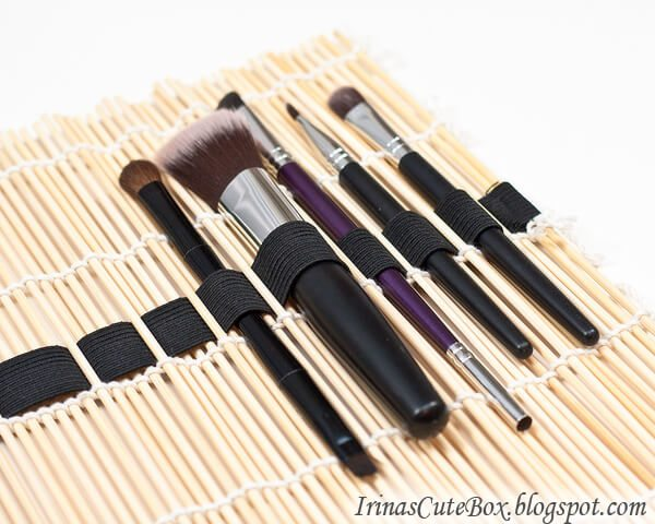 Keep your make-up brushes protected and in pristine condition with this DIY make-up brush caddy.